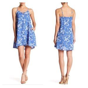 🆕NWT Mimi Chica Blue Floral Dress Size XL